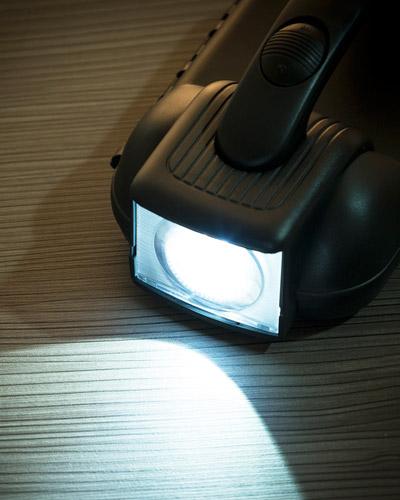 Jogo de Ferramentas com Lanterna Personalizado