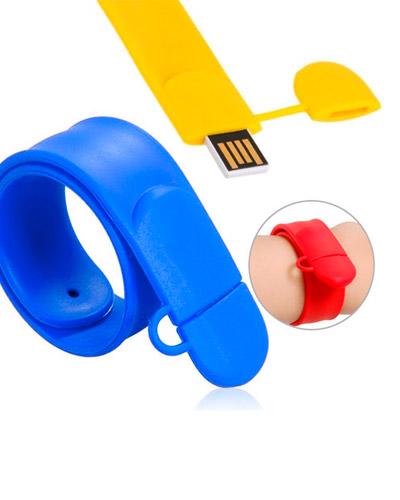 Brindes Personalizados -  Pen Drive Pulseira Colorida Personalizada